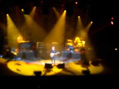 Joe Bonamassa  in rpool 2012  Song of Yesterday Black Country Communion