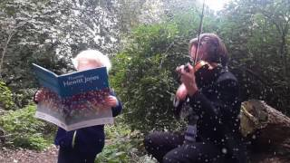 Simon & Rubin rehearse 'Christmas Party'