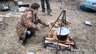 Уха от Сереги(Видео рецепт о приготовлении настоящей рыбацкой ухи от Форума Сальских Рыбаков http://salskfisher.ru Еще больше..., 2013-03-03T16:00:43.000Z)