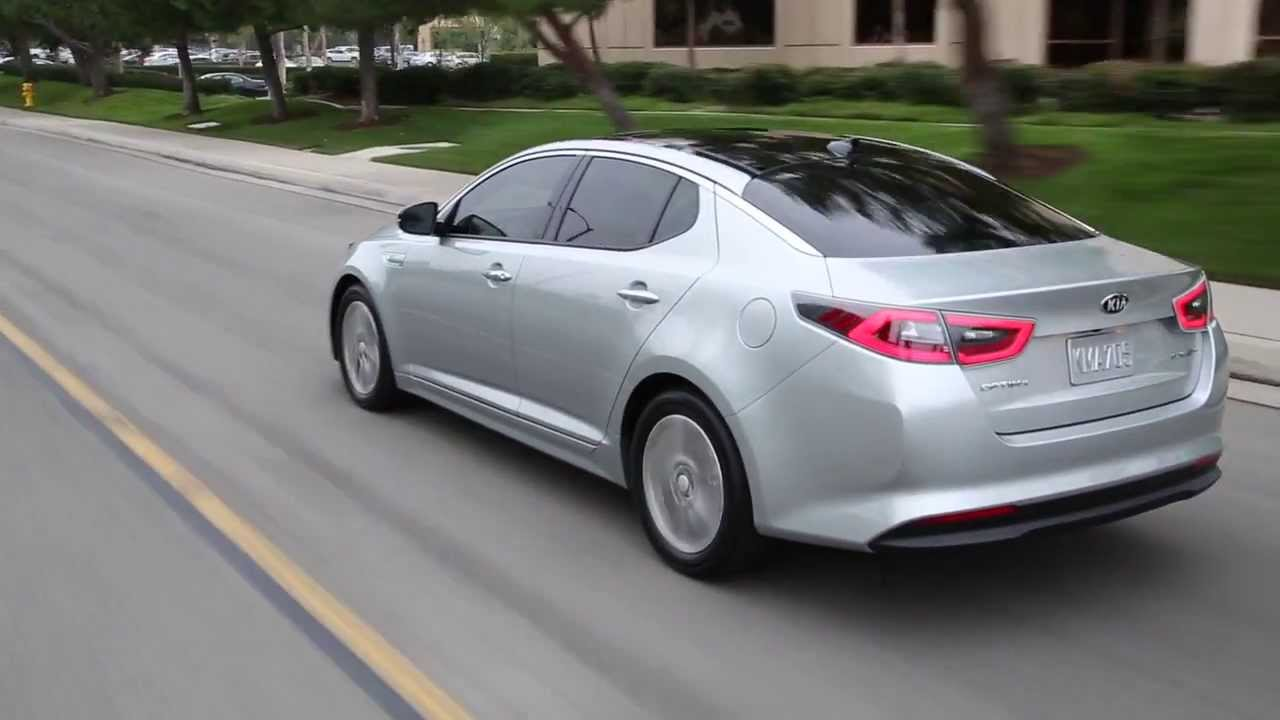Kia Optima 2013 >> 2015 Kia Optima hybrid - motion - YouTube