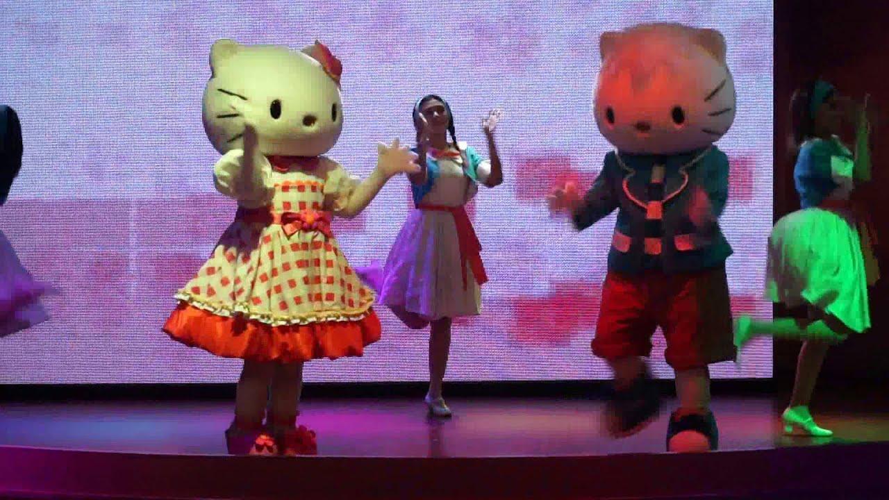 Hello kitty town puteri harbour family theme park johor bahru malaysia - Hello Kitty Town Puteri Harbour Show