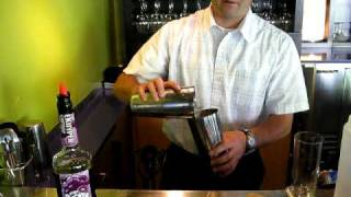 Faustina Restaurant - Making A Lime Rickey