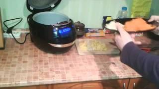 Домашние видео рецепты: вкусный суп с клецками в мультиварке