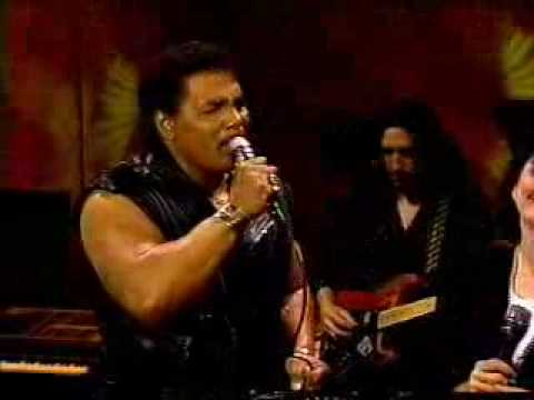 Linda Ronstadt All My Life featuring Aaron Neville - YouTube