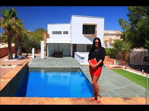 Rent a villa in Palermo, near the sea