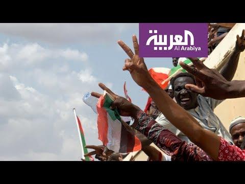 السودان .. توقيع تاريخي وشارع محتفل  - نشر قبل 14 ساعة