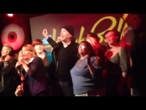 Barbara Szalay sings Karaoke with Timothy Hutton