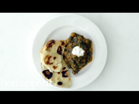 How to Make Indian-Style Spinach and Chickpeas