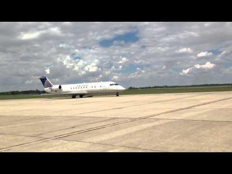 United Express arrives in Jamestown