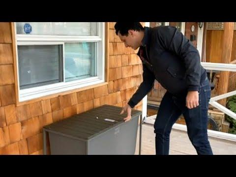 Toronto man creates 'Boxr' bench to combat porch pirates