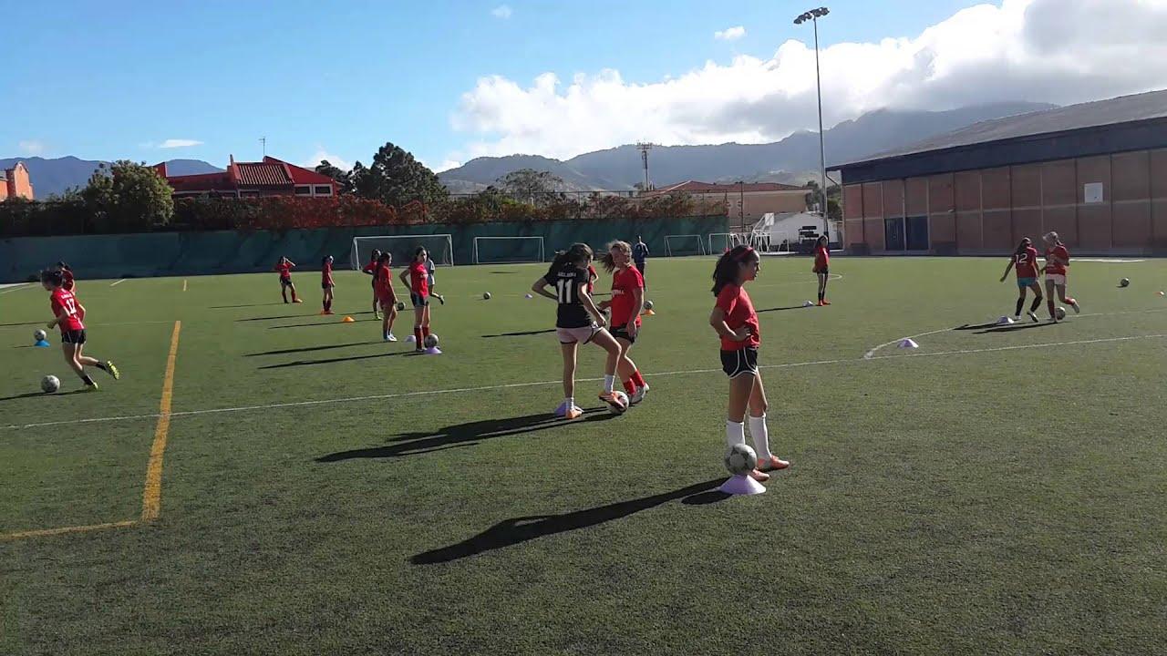 Entrenamiento Tecnico Futbol Femenino - YouTube f3746b0b96e39