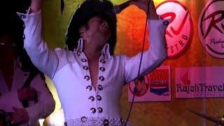 Подражание королю: в Маниле прошёл конкурс двойников Элвиса Пресли