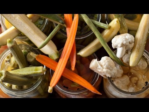 How to Make Easy Quick Pickles - The Easiest Way