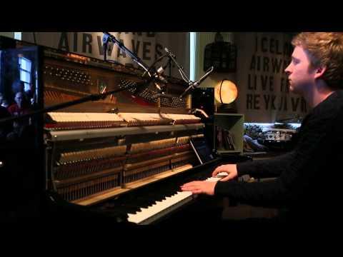 Ólafur Arnalds - Tomorrow's Song (Live on KEXP)