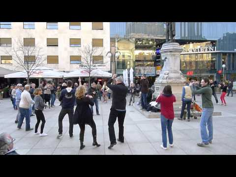 Zagreb rueda de casino flash mob afterparty - Cvjetni trg 28-3-2015