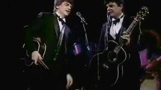 """The Everly Brothers - """"Devoted to You"""" in stereo!"""