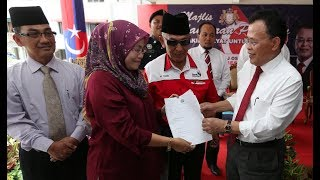 Cooperate with govt, reduce political divide: Johor MB