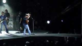 Kenny Chesney extra songs You Really Got Me & Blister in the Sun  (Live Charlotte 2012)