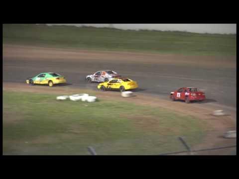 Race Recap Ellington Mutual Insurance Dirt Devil