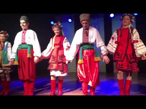 Veselka performing at the Ukrainian Independence Day Festival