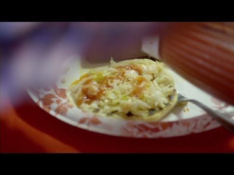 Detroit: Anthony Bourdain tries a Pupusa House (Parts Unknown)