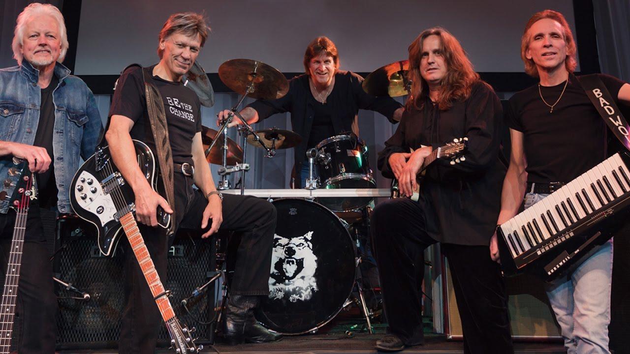 Resultado de imagen de John Kay & Steppenwolf Live In Louisville