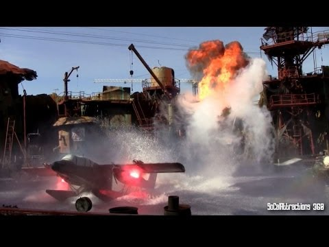 [HD] New! Updated WaterWorld Show 2014 Universal Studios Hollywood