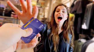 اعطيت بطاقتي لشخص غريب !! و الرصيد مفتوح !! 💸😍