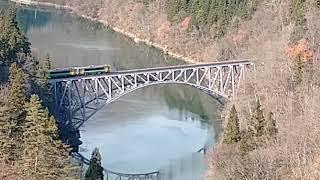 JR只見線 第一只見川橋梁 キハE120系通過