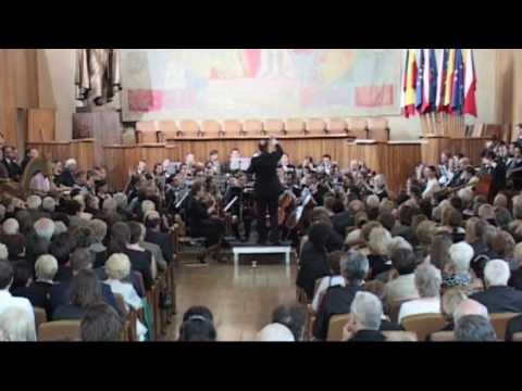 Chorus and Orchestra of Charles University in Prague perform Suk and Dvořák