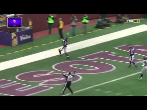 Cordarrelle Patterson's 101-Yard Kick Return TD Against Seahawks (6-12-2015)