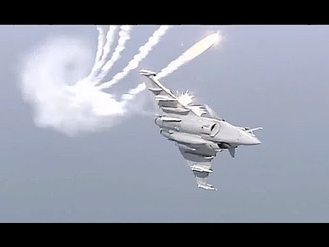 French Ministry Of Defense - Rafale Multi-Role Fighter Paris Air Show 2015 [720p]