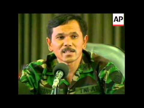 INDONESIA: EAST TIMOR: RESIDENTS FLEE FEARING RENEWED VIOLENCE (2)