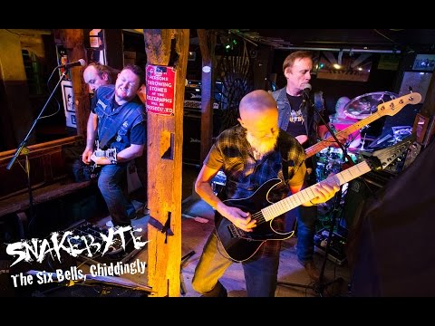 Snakebyte at The Six Bells Chiddingly