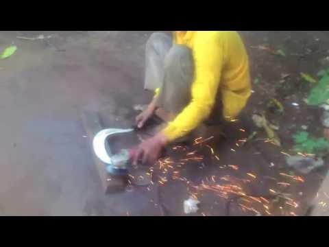proses pembuatan clurit, arit,sabit,Crescent