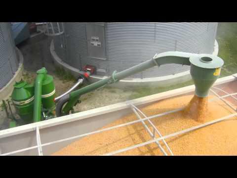 Walinga Agri-Vac 6614 Deluxe - YouTube