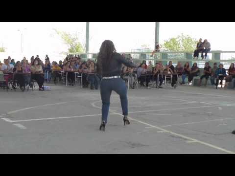 JENNI RIVERA (Zamantha Travesti Show), Chuper Amigos
