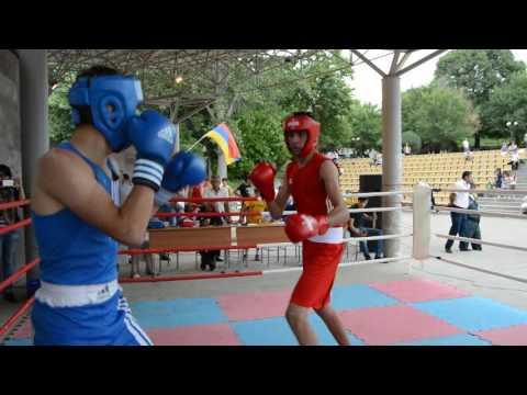 Турнир по боксу Ехекнадзор 70кг Карен Саакян (Мартуни)-Оганес Мансурян (Ереван)