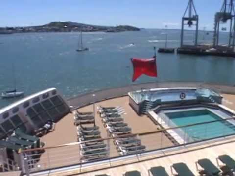 Queen mary 2 deck 8 pool youtube - Queen mary swimming pool victoria ...