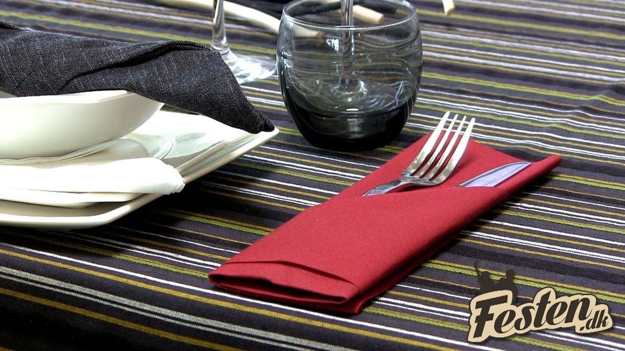 servietter foldet som hjerte
