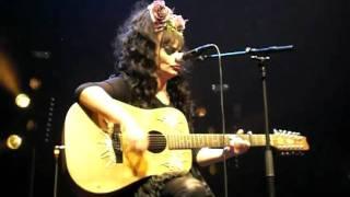 Nina  Hagen change de guitare + Help me