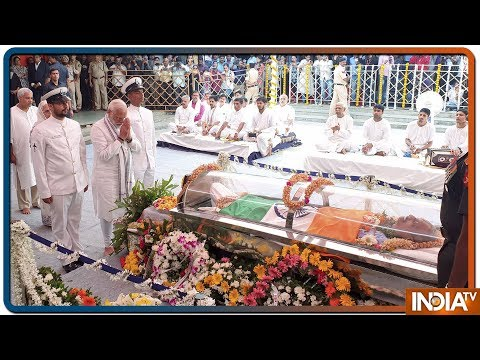 Manohar Parrikar's funeral Live Updates: PM Modi in Goa, pays homage to Goa CM