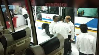 A quick walkaround the new SML Isuzu Executive Lx Coach