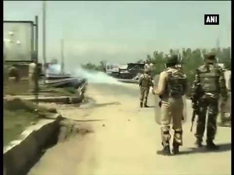 Kashmir Shutdown: Police fire at protesters in Narbal, one dead