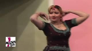 ADHI RAAT VELEY AAVEY   SHAZIA MANZOOR   PAKISTANI STAGE MUJRA DANCE