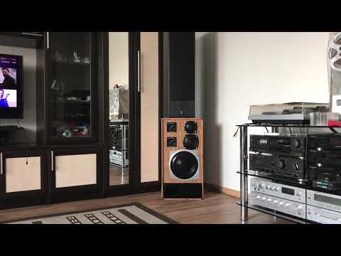 Radiotehnika S-90 и Yamaha NS-50F