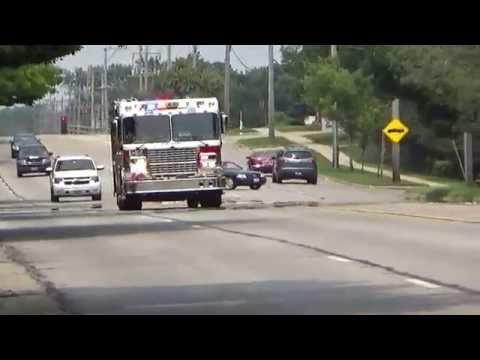 Fire units responding Palatine Illinois Engine 82