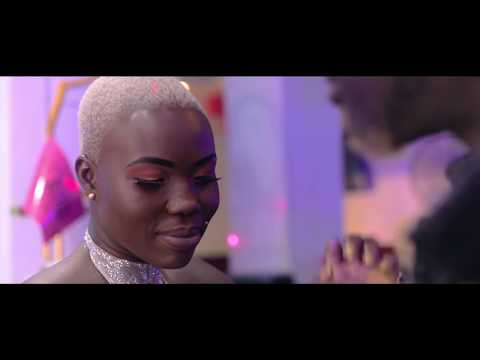 ariel-sheney---amina-(clip-officiel)