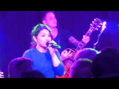 Alessia Cara & Katy B - Hotline Bling (Live at Dingwalls London)