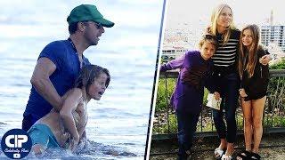 Gambar cover Dakota Johnson New Boyfriend ► Chris Martin's Kids ❝Apple & Moses❞   2018